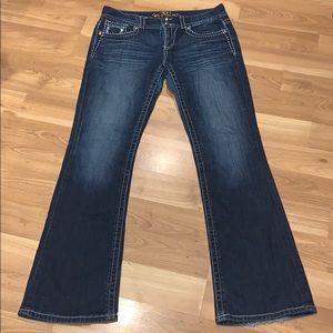 Maurices bling flap back pocket size 11/12 Long